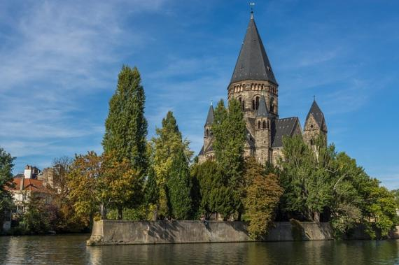 Linguistic and Translation Services in Metz (France)